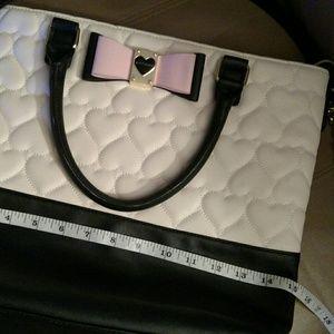 Betsy Johnson handbag EUC